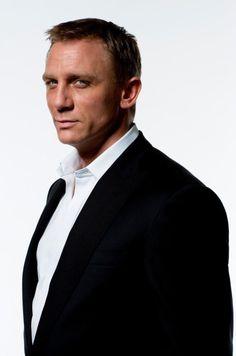 Daniel Craig hey good looking