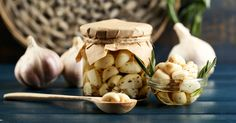 Garlic helps eliminate excess fats, cleanse harmful toxins, treat common inflammatory diseases in women, purify blood and boosts your metabolism.