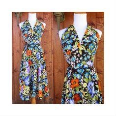 70's Halter Dress Vintage Daisy Floral Flower Power Hippie Summer Plunging V-neck Sundress Midi Full Skirt Festival Size Medium Large
