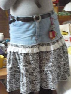 habe eine alte Jeans und einen alten Rock umgearbeitet