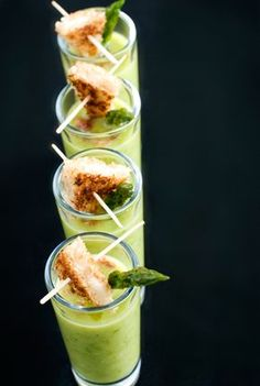 Asparagus Soup Shots with Mini Grilled Cheese Sandwiches Appetizer Recipes, Soup Recipes, Cooking Recipes, Soup Appetizers, Dairy Recipes, Fast Recipes, Delicious Recipes, Tasty, Healthy Recipes