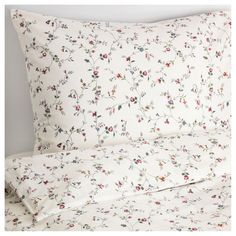 IKEA LJUSÖGA quilt cover and 4 pillowcases Cotton, feels soft and nice against your skin.