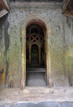 Stave church Borgund west portal - Stabkirche Borgund – Wikipedia