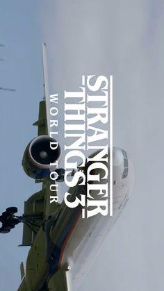 Stranger things 3 World tour! Stranger Things Youtube, Stranger Things Actors, Bobby Brown Stranger Things, Stranger Things Season 3, Stranger Things Aesthetic, Stranger Things Funny, Eleven Stranger Things, Stranger Things Netflix, Funny Video Memes