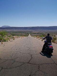 2 Wheeled Road Trip   von Moon Man Mike