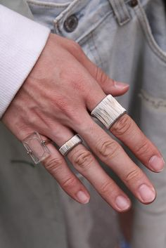 silver rings,love the clear ring