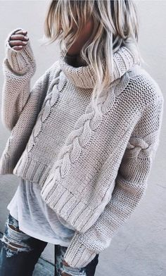 fall+fashion+inspiration+|+knit+sweater+++tee+++ripped+jeans