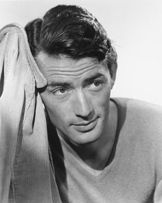 Gregory Peck Hollywood Stars, Old Hollywood Actors, Hollywood Icons, Golden Age Of Hollywood, Hollywood Images, Hollywood Vintage, Classic Hollywood, Gregory Peck, Stars D'hollywood