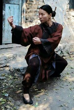Jade Xu Chinese martial artist - Wushu Informations About The History of Fighting Pin You can easily Kung Fu Martial Arts, Chinese Martial Arts, Martial Arts Women, Karate, Tai Chi, Judo, Action Posen, Action Pose Reference, Hand Reference