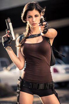 Tomb Raider's Lara Croft Cosplay by LeeAnna Vamp