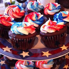 memorial day cupcake decorating ideas