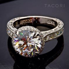 Round diamond Tacori ring. Stunning.