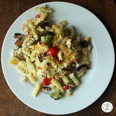 Fructosearmer Pasta Auflauf mit buntem Gemüse, Kräutern und Quark
