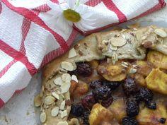 The Vintage Nest: Rustic French Blackberry Peach Tarte