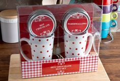 Hot Chocolate For 2 Set :: Gifts For The Home from GettingPersonal.co.uk