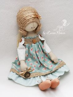 beautiful fabric dolls by Lucia Rosca