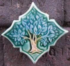 The Running Hare. Ceramic Design by Mary Philpott: January 2012 Tile Art, Mosaic Art, Craftsman Tile, Garden Art, Garden Ideas, Vintage Tile, Panel Art, Ceramic Design, Quatrefoil
