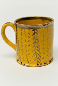 1820 Canaryware Child's Mug Vertical Leaf And Vine Decoration
