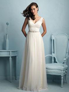 Lovely flowing wedding dress