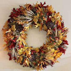 Fall Leaf Wreath. Not a big fan of wreaths, unless its Christmas, but I like this one.