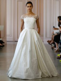Wedding dress shop in Dubai & Lebanon for bridal gowns & evening dresses. Collections from the top wedding dress designers & bridal couture. Lace Wedding Dress, 2016 Wedding Dresses, Wedding Attire, Bridal Dresses, Wedding Gowns, Wedding Blog, Dresses 2016, Wedding Ideas, Tulle Wedding