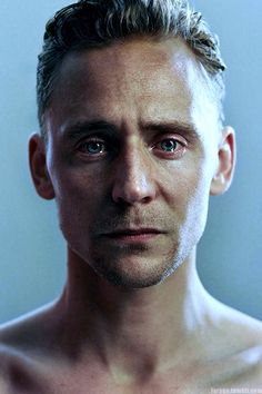 (Love makes men cry too) Tom Hiddleston—it's ridiculous how strong the desire to comfort him is when I look at this picture. Human Reference, Photo Reference, Thomas William Hiddleston, Tom Hiddleston Loki, Photo Portrait, Portrait Photography, Men Photography, Foto Face, Photographie Portrait Inspiration