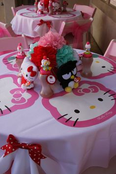Hello Kitty Table Decor...too cute! Can I do this for an adult party>?????