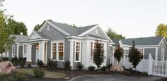 love the look of this home.  next house must be cape cod style.