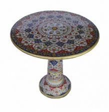 BEAUTIFUL DECORATIVE ROUND ACCENT TABLE HAND PAINTED IN MARBLE