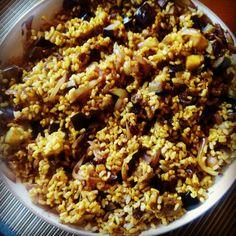 Arroz con berenjenas y cebolla al curry