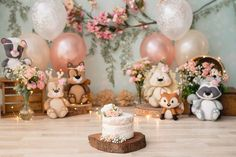 Baby Girl Birthday Dress, 1st Birthday Party For Girls, Girl Birthday Themes, 1st Birthday Photos, Baby Party, Smash Cake Girl, Girl Cakes, Felt Christmas Decorations, Birthday Decorations