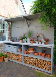 Pflanztisch Gartenküche Outdoorkitchen Garten Blumen Terrasse Best Picture For Garden Tools rack For Your Taste You are looking for something, and it is going to tell you exactly what you are looking Back Gardens, Outdoor Gardens, Fairy Gardens, Kitchen Plants, Small Garden Kitchen, Small Patio, Modern Garage, Garden Cottage, Garden Beds