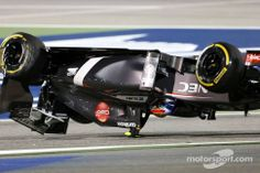 Pastor Maldonado Barrel Rolls Esteban Gutierrez during the 2014 #Bahrain Grand Prix #F1