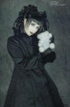 Gothic Lolita - Mana - gothic-lolita Photo
