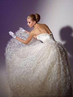 The Best Wedding Dress Designers Part 11