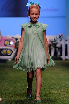 ALALOSHA: VOGUE ENFANTS: Miss Blumarine SS'14 Girls Fashion Show