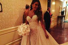 Sofia Vergara's wedding dress .