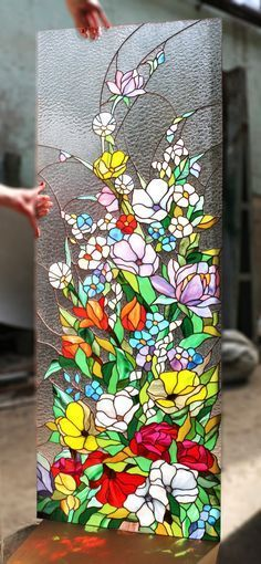 Everything made of Glass Stained Glass Paint, Stained Glass Flowers, Stained Glass Crafts, Stained Glass Designs, Stained Glass Panels, Stained Glass Patterns, Leaded Glass, Mosaic Art, Mosaic Glass
