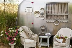 Moda... the Cutting Table: Mary Jane Butters: Glamping!  Pictures of her Airstream with cast iron tub and treadle sewing machine!