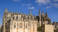 The town of Batalha developed alongside the Monastery of Santa Maria de Vitória, constructed in 1386 to keep a vow by Portuguese King Dom João I to the Virgin Mary [. Santa Maria, Portugal, Portuguese, Barcelona Cathedral, Construction, Mansions, House Styles, Building, Places
