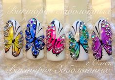 Pretty butterfly nail art design idea | unas