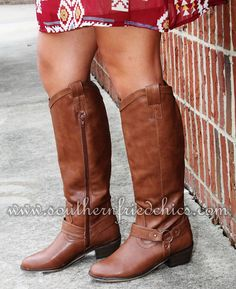 Southern Fried Chics is the fastest growing online boutique. With southern inspired clothing as well as our very own Southern Fried Chics Collection. Boot Scootin Boogie, Corral Boots, Country Style, My Style, Online Boutiques, Riding Boots, Chic, Addiction, Clothes