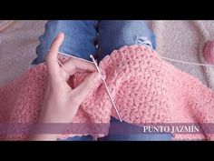 Punto Jazmín | para mantas | crochet - YouTube Baby Afghan Crochet, Newborn Crochet, Baby Afghans, Crochet Stitches, Crochet Braids, Kerchief, Karen, Crochet Videos, Cornrows