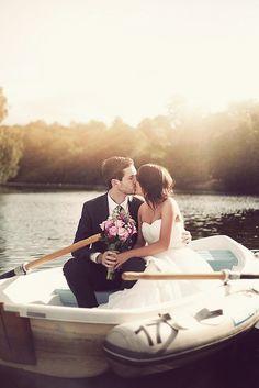 bride & groom in the boat