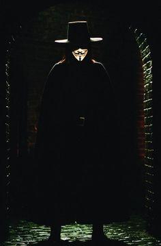 Still of Hugo Weaving in V for Vendetta (2005) | Essential Film Stars, Hugo Weaving http://gay-themed-films.com/film-stars-hugo-weaving/