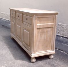 Wood Home Decor, Distressed Furniture, Hope Chest, Furniture Makeover, Chalk Paint, Decoration, Storage Chest, Decoupage, Cabinet