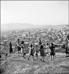 Athens, by David Seymour Old Pictures, Old Photos, Vintage Photos, Guernica, Greece History, Athens History, Old Greek, Greece Photography, Ebro