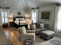 Newly renovated detached garage studio apartment 5 miles from downtown! in Charleston, SC Studio Apartments, Garage Studio Apartment, Garage Apartment Plans, Design Apartment, Studio Apartment Decorating, Garage Apartments, Bedroom Apartment, Apartment Living, Studio Apt