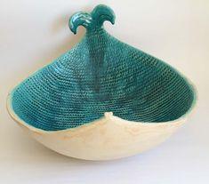 Hey fishy fishy - ceramic table top basin, ceramic sink, washbasin on Etsy… Hand Built Pottery, Slab Pottery, Pottery Bowls, Ceramic Pottery, Thrown Pottery, Pottery Wheel, Ceramic Sink, Ceramic Table, Ceramic Plates