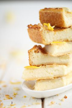 Lemon-vanilla cheesecake.